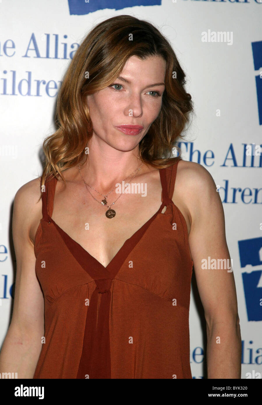 Stephanie Niznik net worth