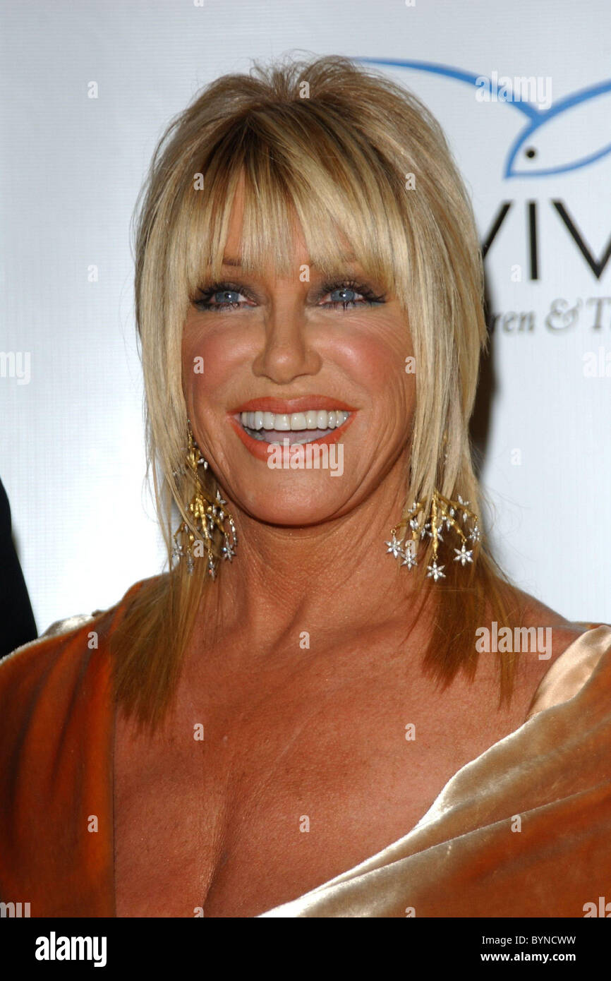 Suzanne Somers Wearing A Dress Designed By Her Daughter Aviva