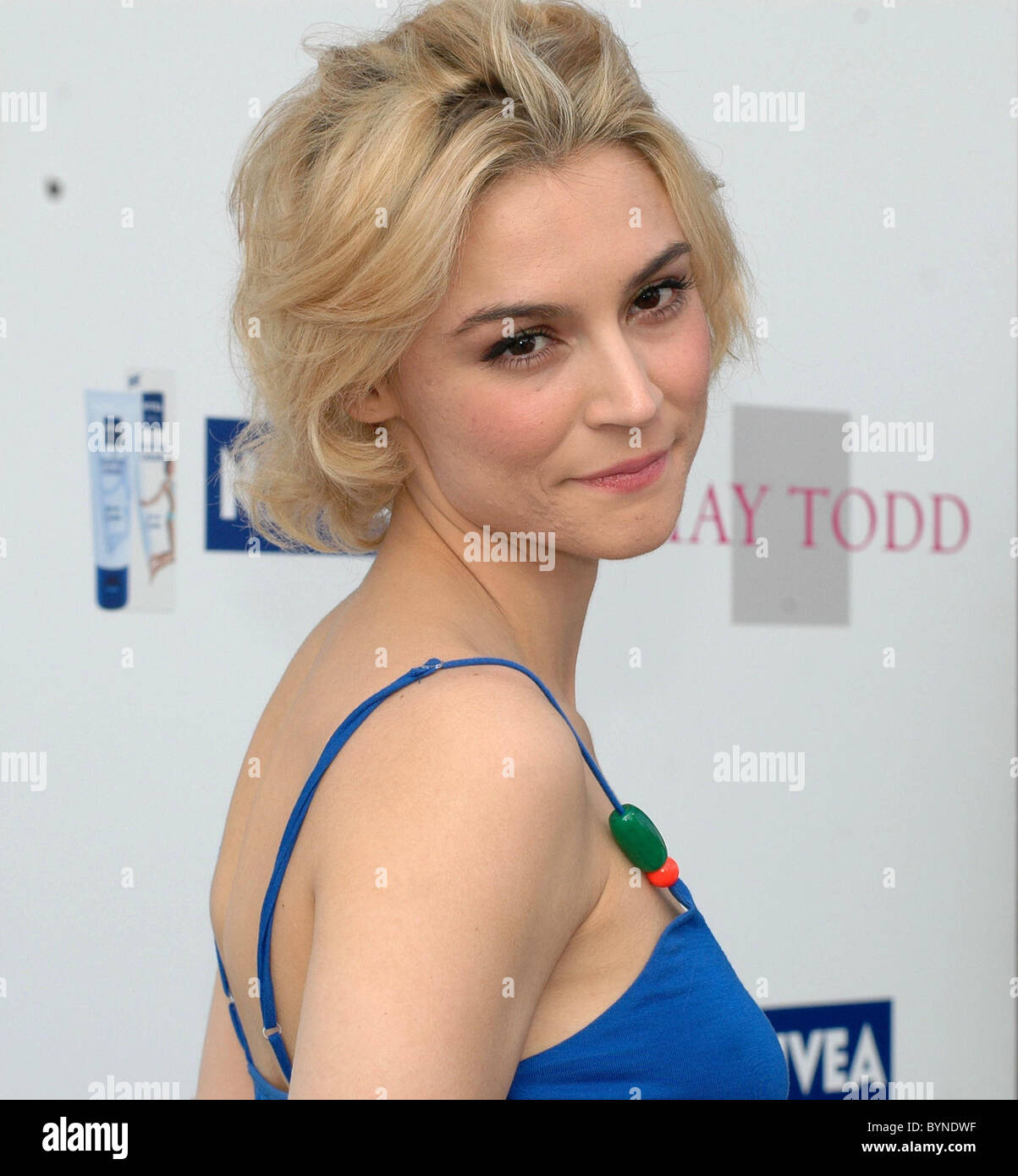 Samaire Armstrong Samaire Armstrong new picture