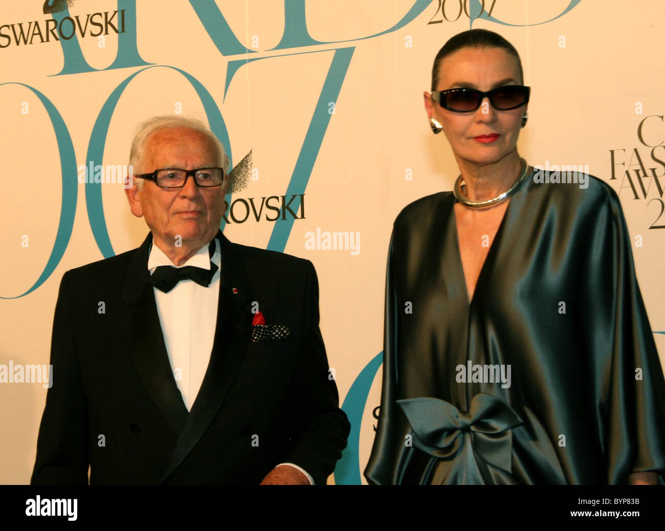 Pierre Cardin and wife Princess Norina Matchabelli 2007 CFDA Fashion Awards held at the New York Public Library - Stock Image