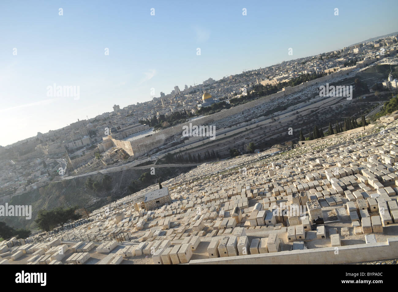 Jerusalem: Temple mount panoramic view from mount of olives - Stock Image