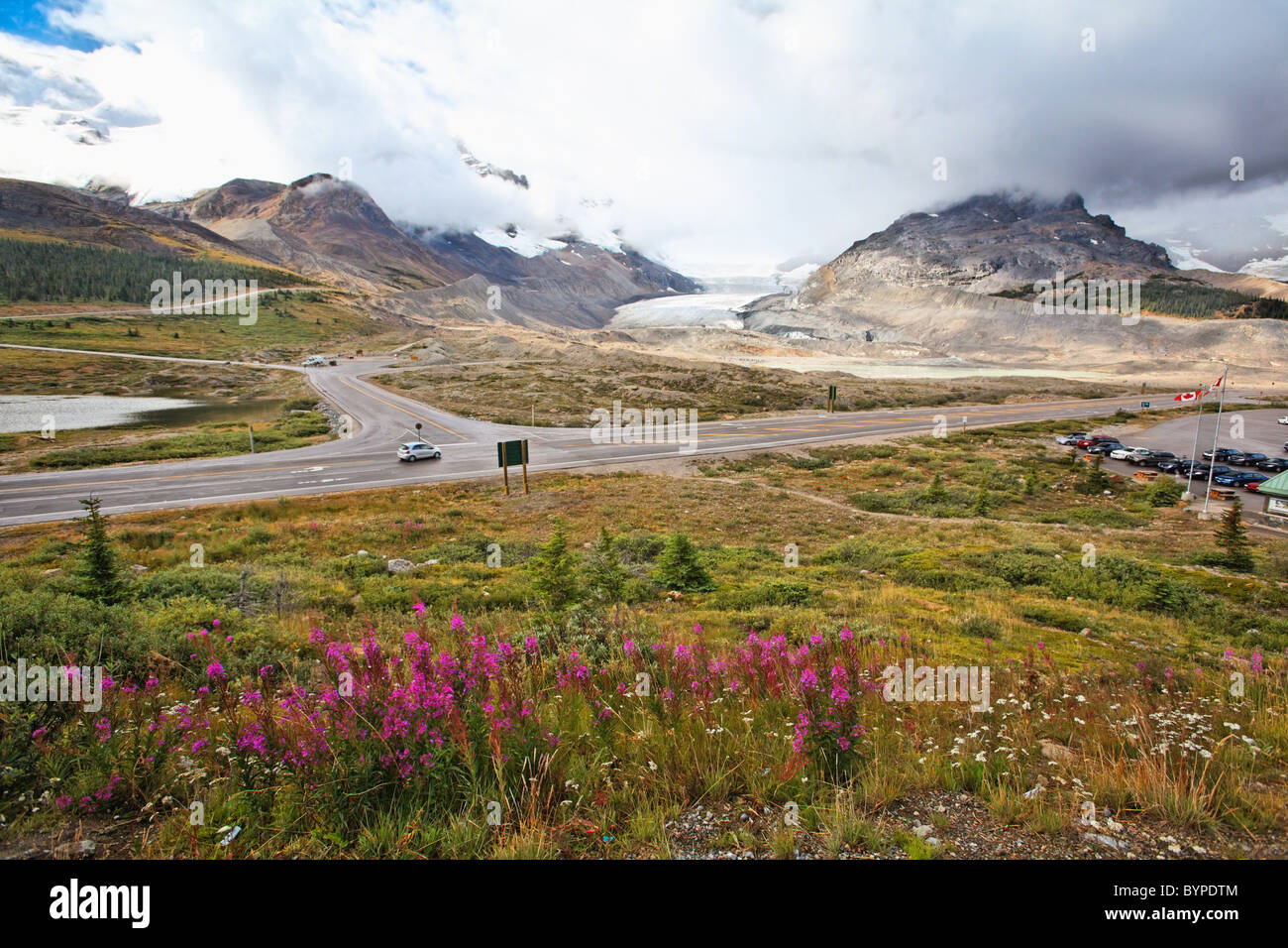 Icefield Parkway View with the Athabasca Glacier, Alberta, Canada - Stock Image