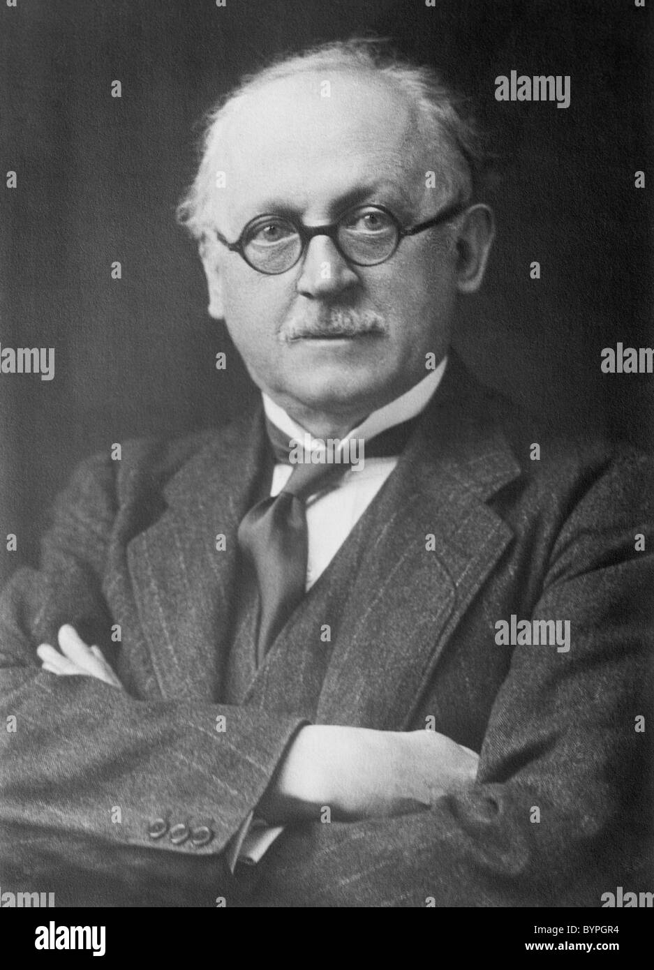 Portrait photo circa 1920s of English architect Sir Edwin Landseer Lutyens (1869 - 1944). - Stock Image