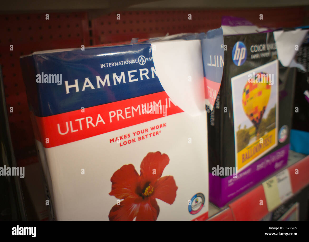 Reams Of Paper Stock Photos & Reams Of Paper Stock Images - Alamy