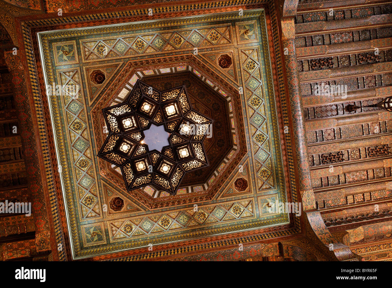 Ornate ceiling and chandelier inside the gatehouse of the Citadel of Aleppo, Syria - Stock Image