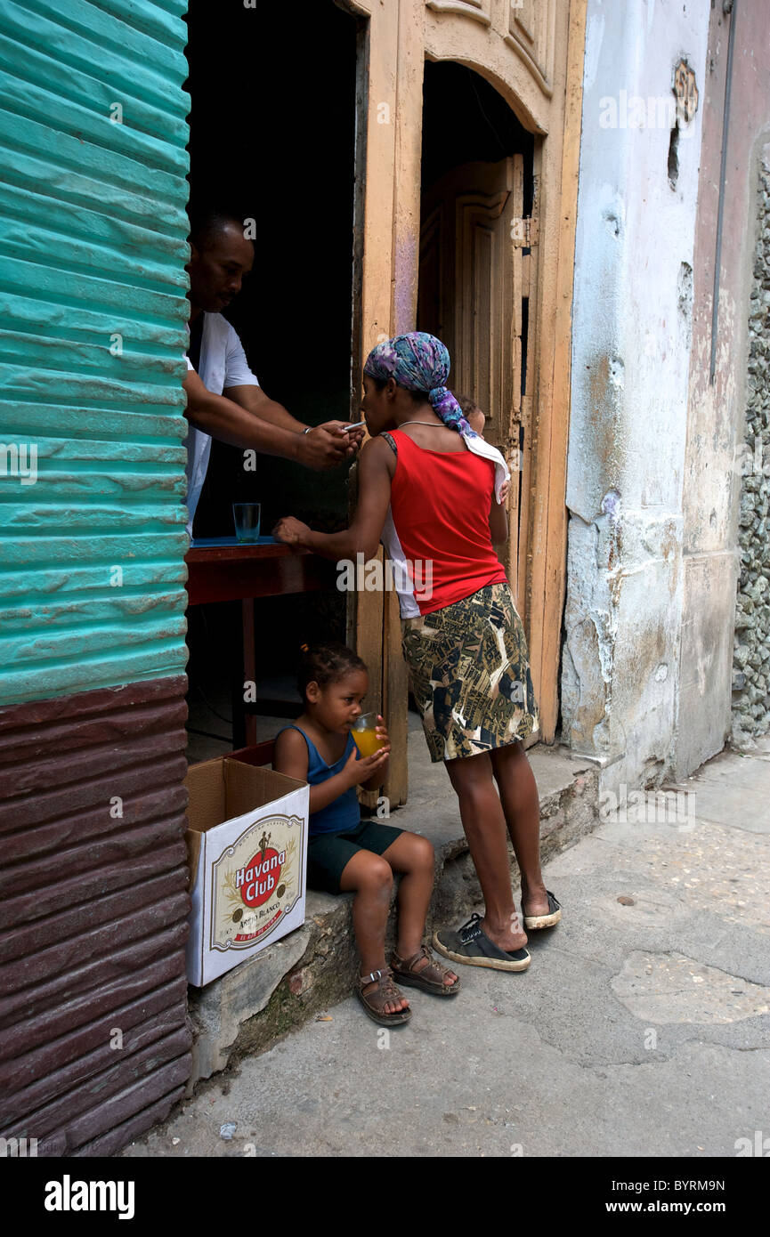 A shop selling sandwiches (and cigarette light), in Havana, Cuba. - Stock Image