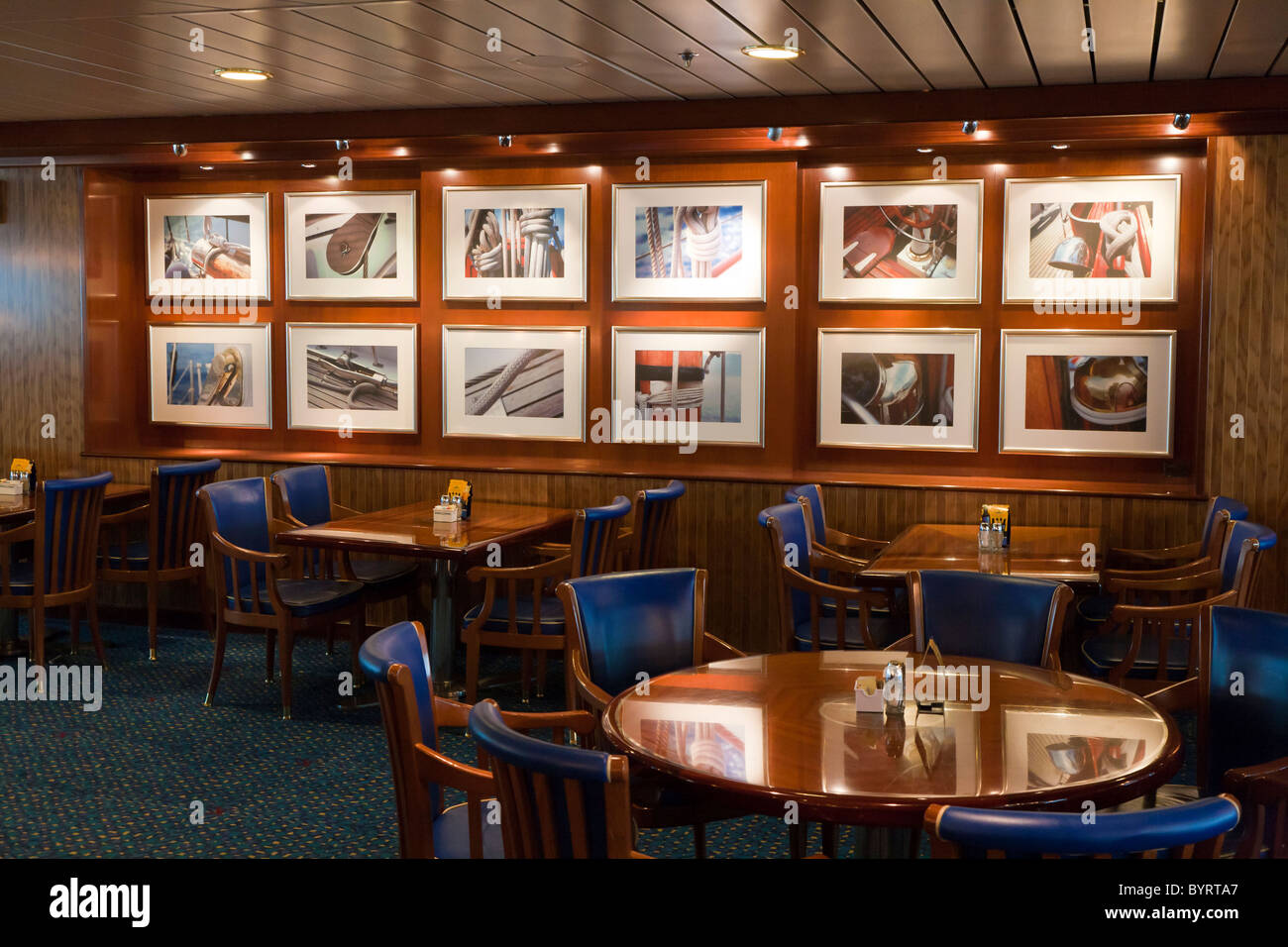 Nautical Art Decor High Resolution Stock Photography And Images Alamy