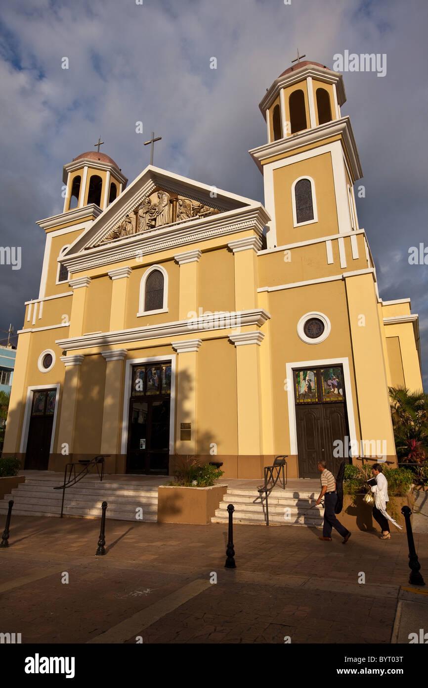 Cathedral of Nuestra Senora de la Candelaria in Plaza Colon, Mayaguez Puerto Rico - Stock Image