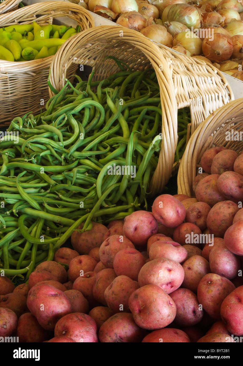 Fresh produce for sale at Tucker Farms, Sunnyside, Yakima Valley, Washington. - Stock Image