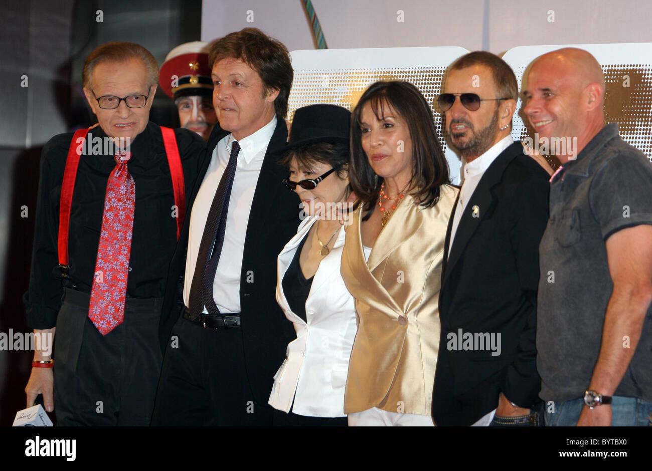 Larry King Paul Mccartney Yoko Ono Lennon Olivia Harrison Ringo Stock Photo Alamy