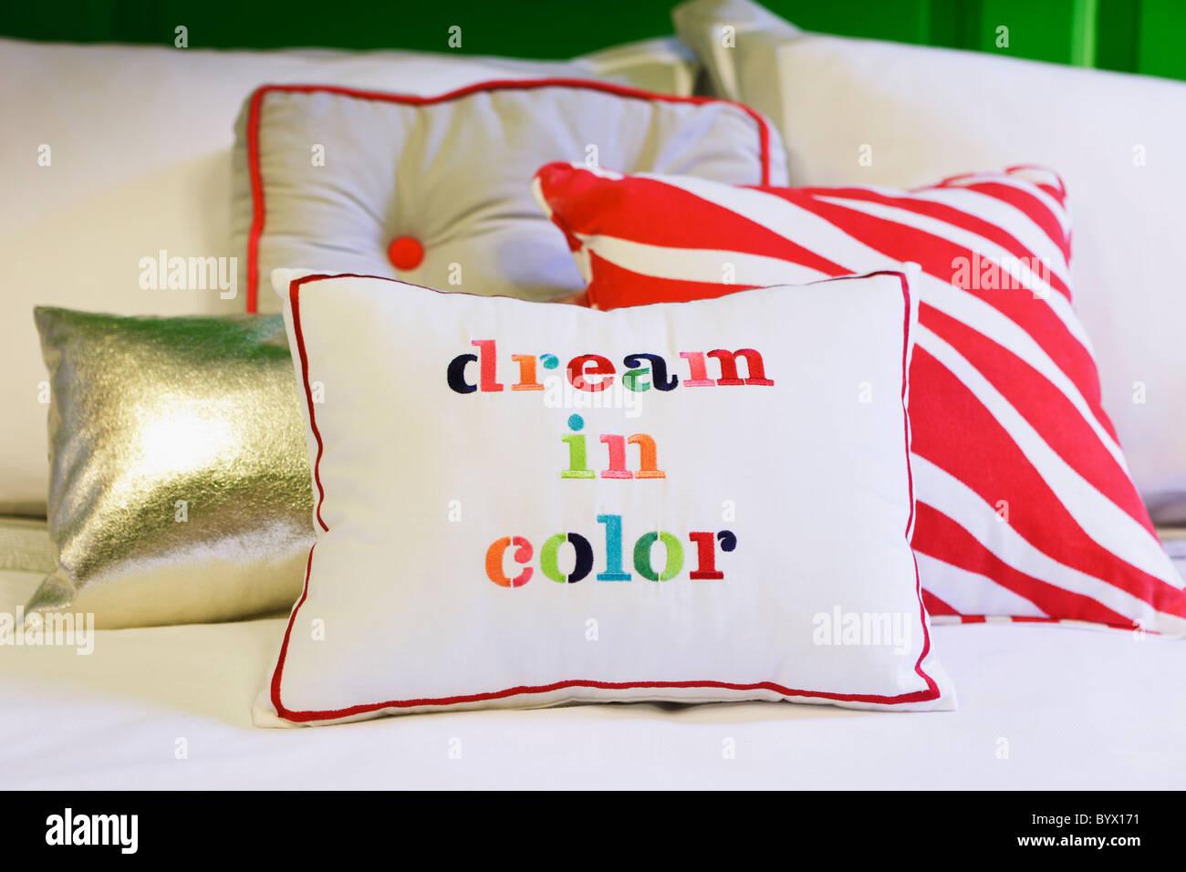 kitchen amazon dot random home spade new decorative kate pillow york pillows throw pink com dp