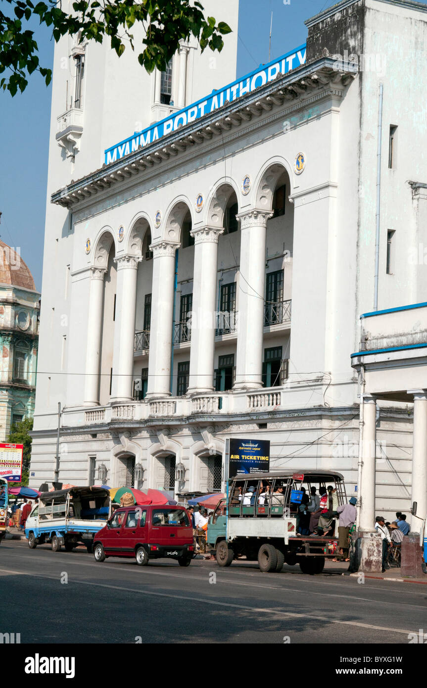 MYANMAR (BURMA).PORT AUTHORITY BUILDING.OLD BRITISH COLONIAL ARCHITECTURE REMNANTS IN DOWNTOWN YANGON (RANGOON) - Stock Image