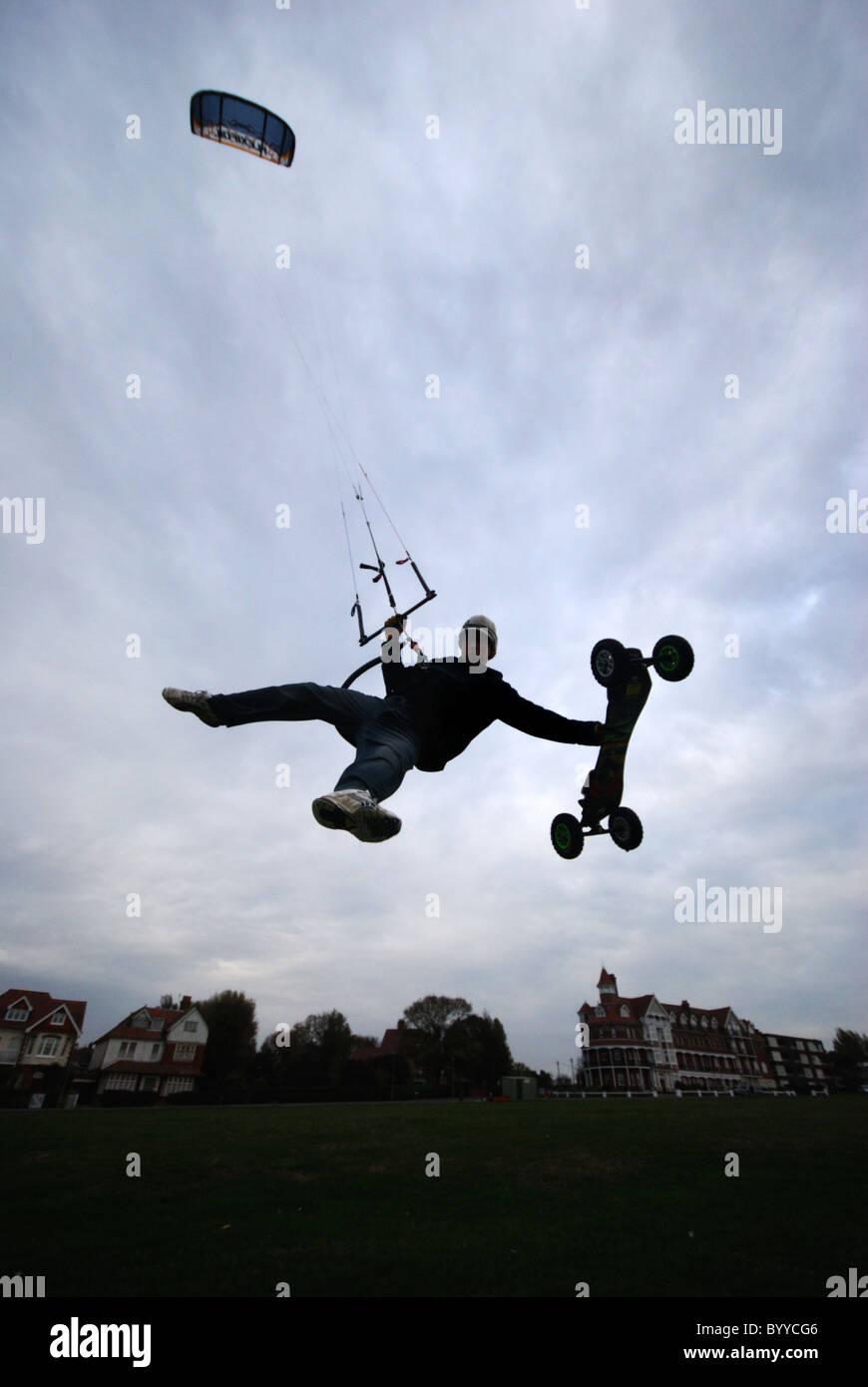 Extreme sport kiteboarding on Frinton green. - Stock Image