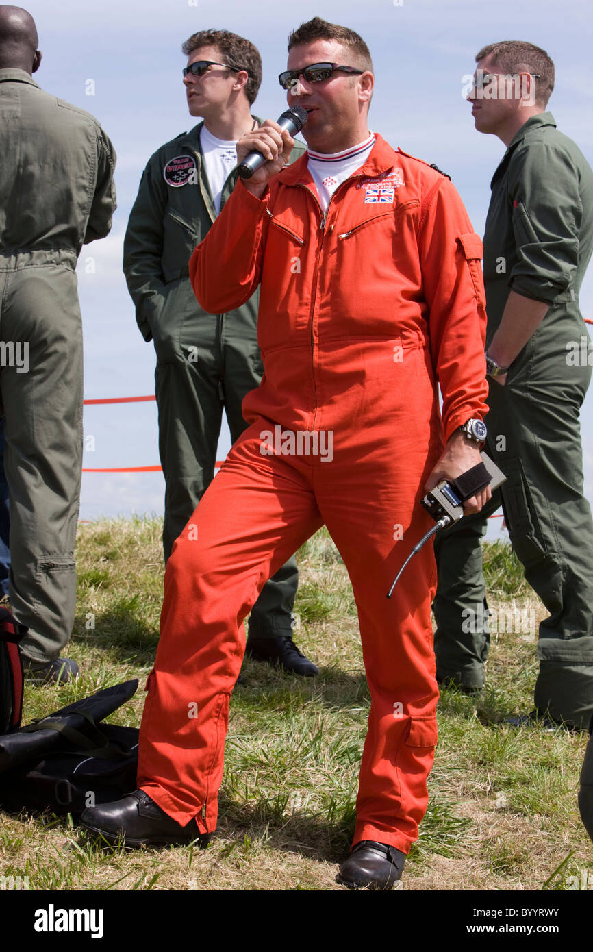 Red 10, Squadron Leader Graeme Bagnall, commentating on the Red Arrows display at RAF Lyneham - Stock Image