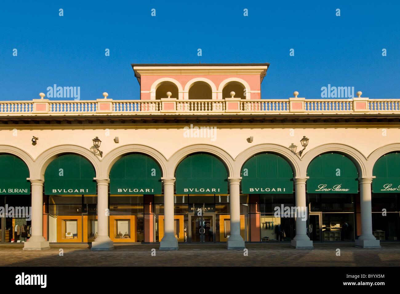 Bulgari shop designer outlet serravalle scrivia for Serravalle italy