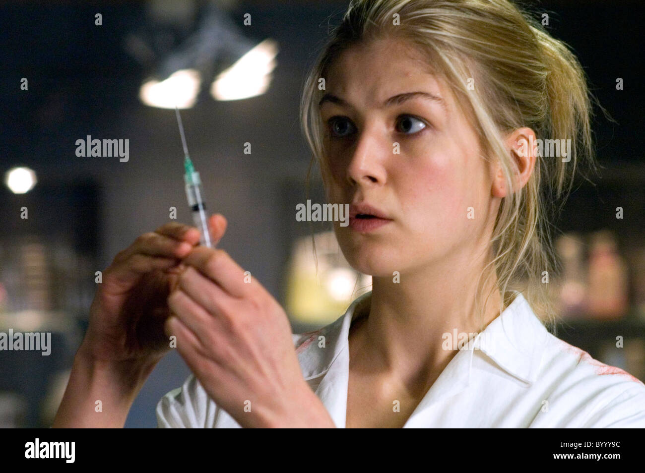 ROSAMUND PIKE DOOM (2005) - Stock Image