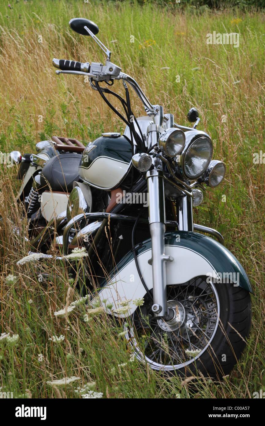 Motorrad, Kawasaki, im Kornfeld, Motorcycle, Motorbike, in cornfield - Stock Image