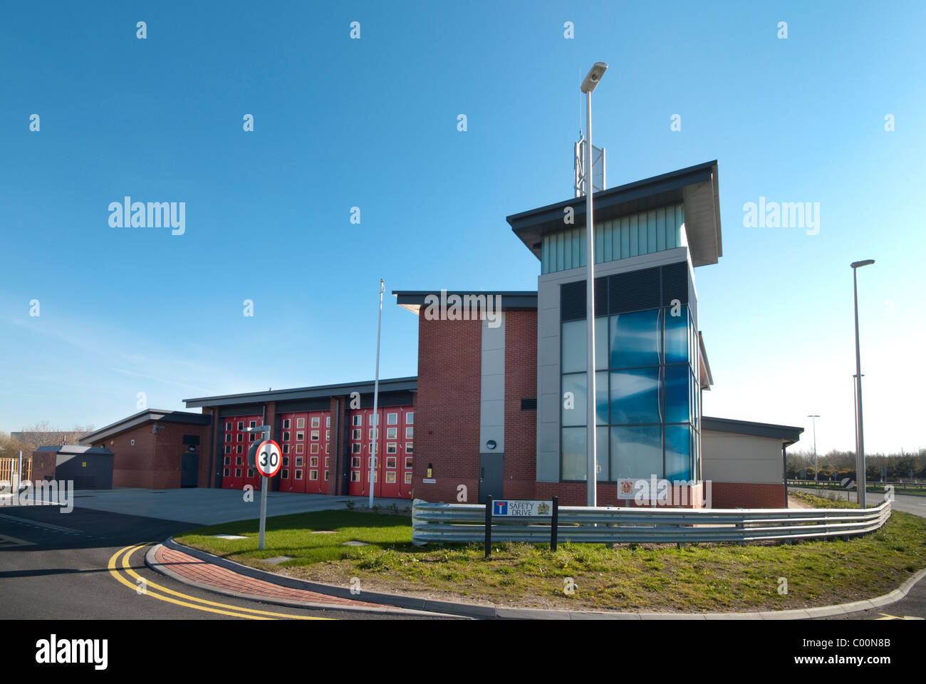 Marshes End Fire Station, Dorset Fire and Rescue Service, Poole exterior - Stock Image