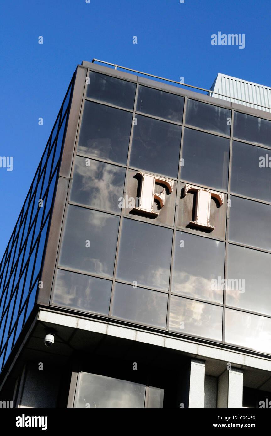 Detail of The Financial Times Newspaper HQ building, 1 Southwark Bridge, London, England, UK - Stock Image