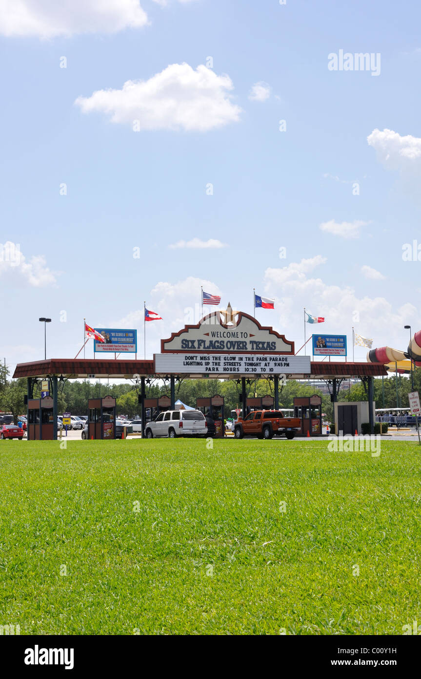 Entrance to Six Flags Over Texas amusement park, Arlington