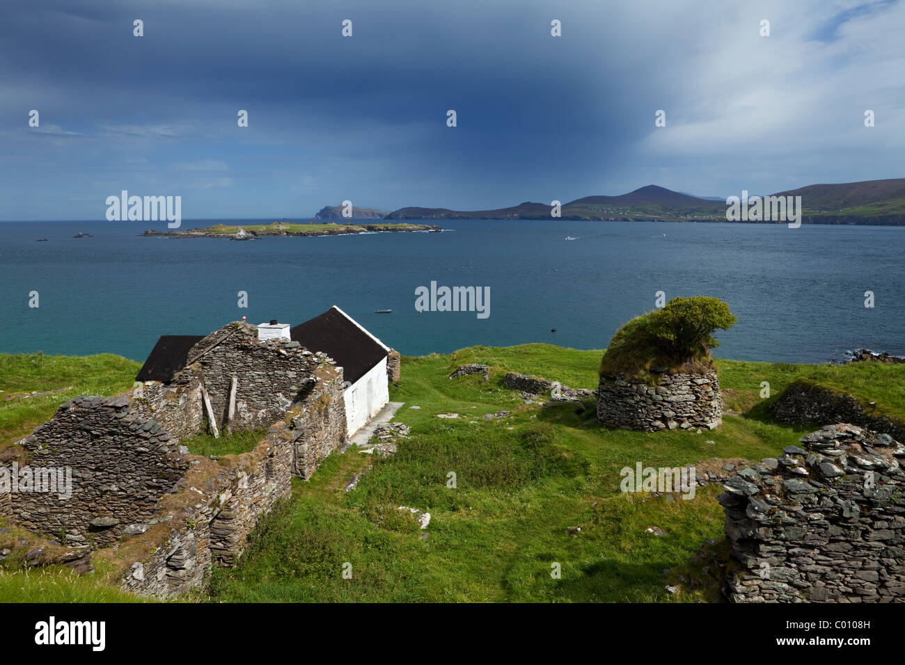 Restored and Evacuated Cottages on Great Blasket Island, Blasket Islands, Dingle Peninsula, County Kerry, Ireland Stock Photo