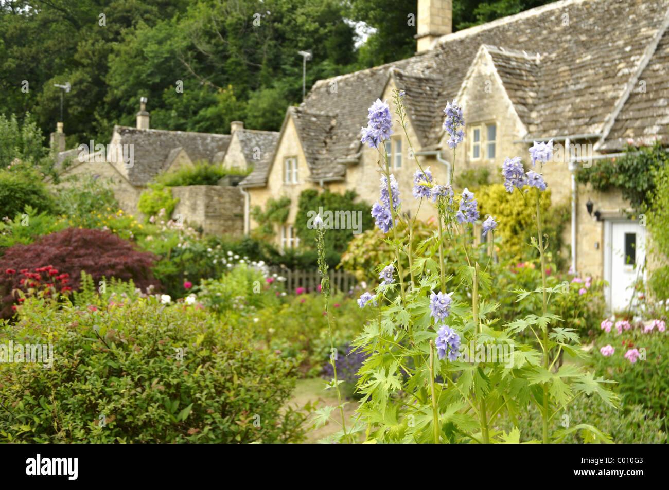Stone cottages at Bibury, Cotswold, UK. - Stock Image