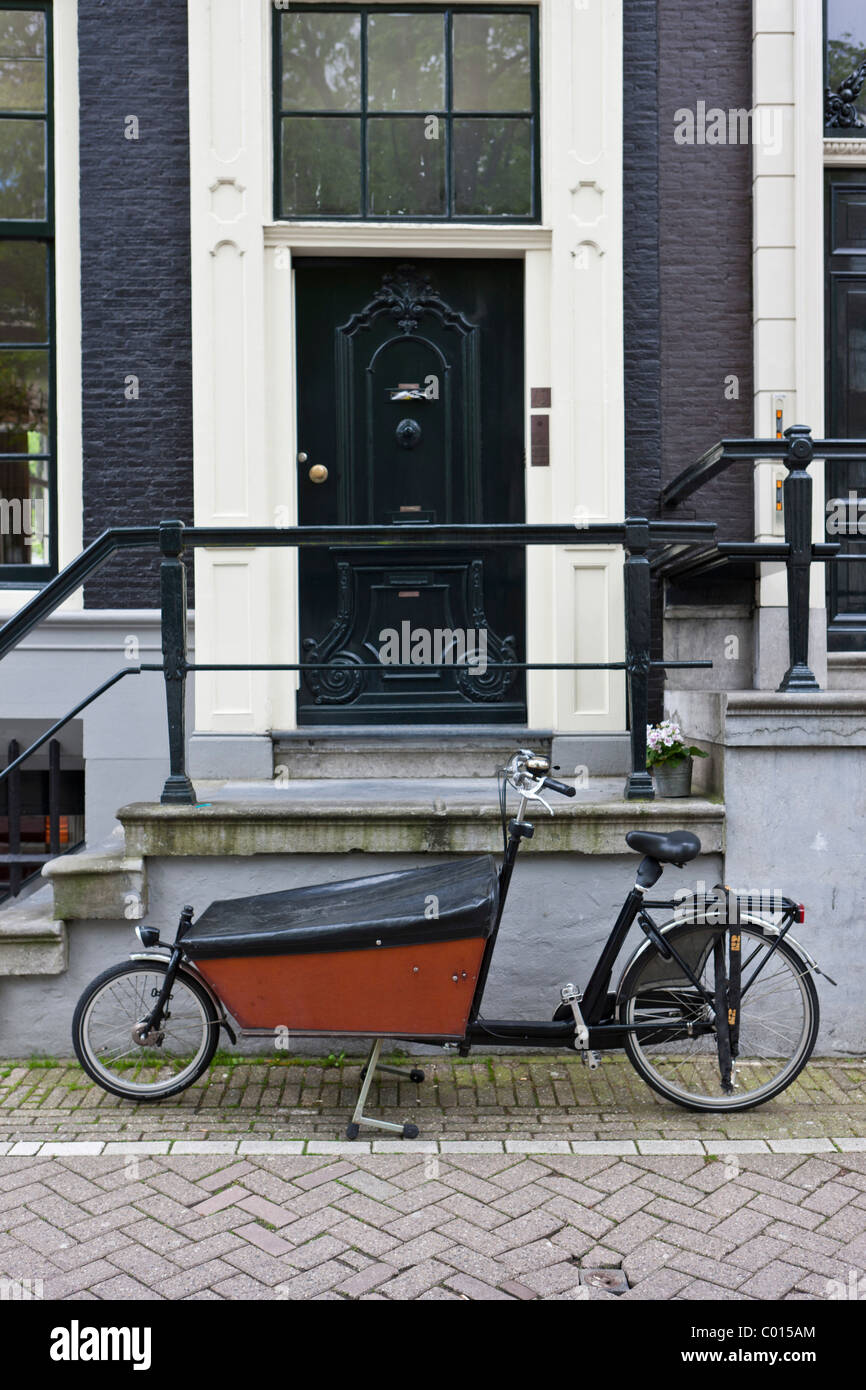 A Sidecar Stock Photos Images Alamy Tt2011 Sidecars Bicycle With Amsterdam Holland Netherlands Europe Image