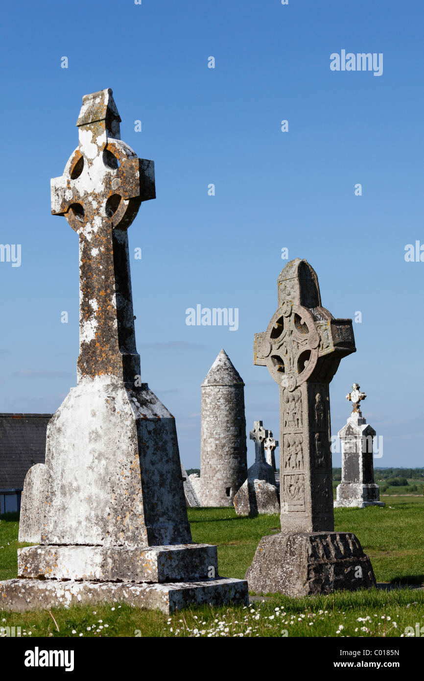 High crosses, right, copy of the Cross of the Scriptures, Clonmacnoise Monastery, County , Leinster, Republic of - Stock Image