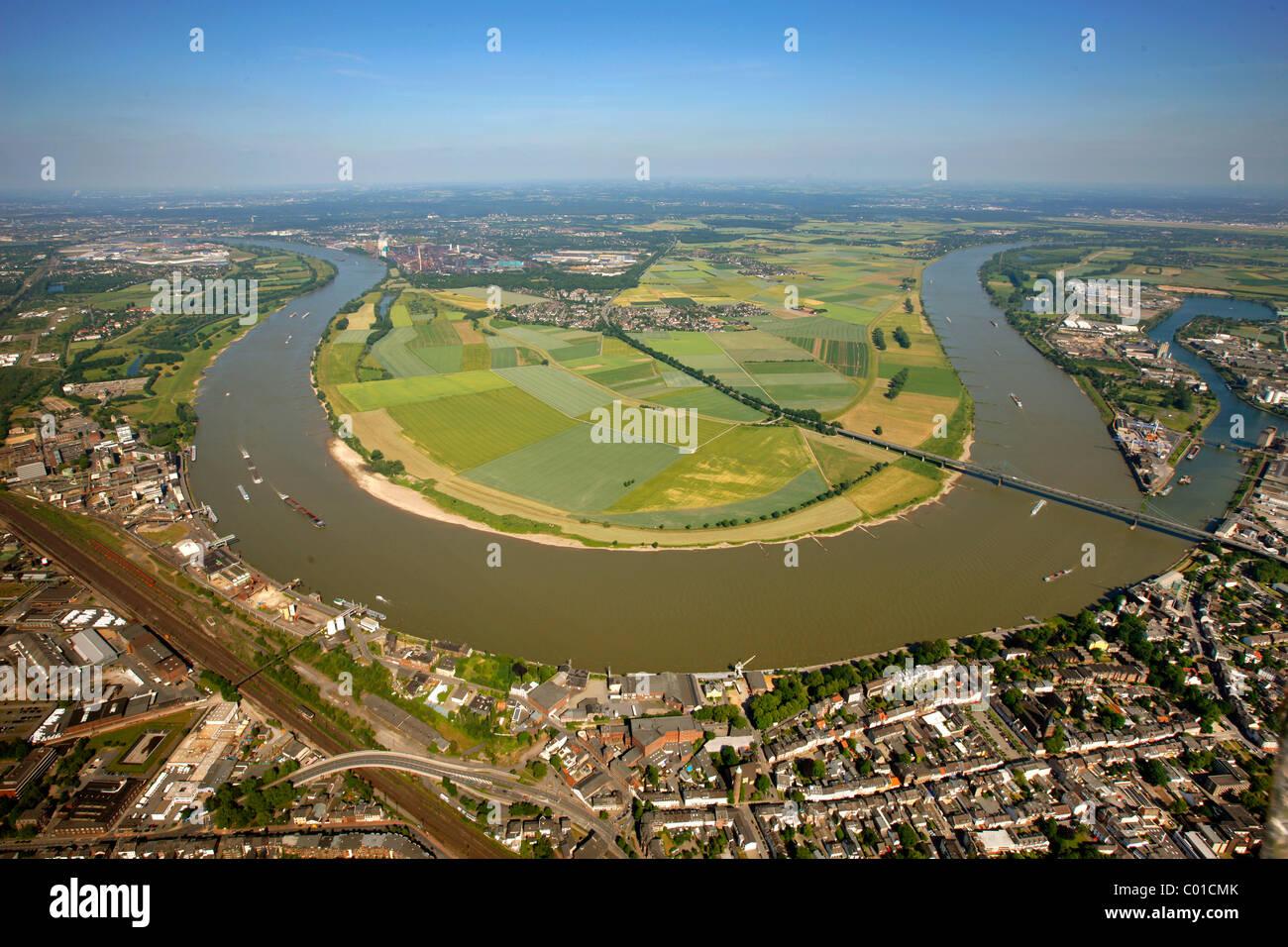 Aerial view, bend of the Rhine river near Muendelheim and Serm, Krefeld, Ruhrgebiet area, North Rhine-Westphalia Stock Photo