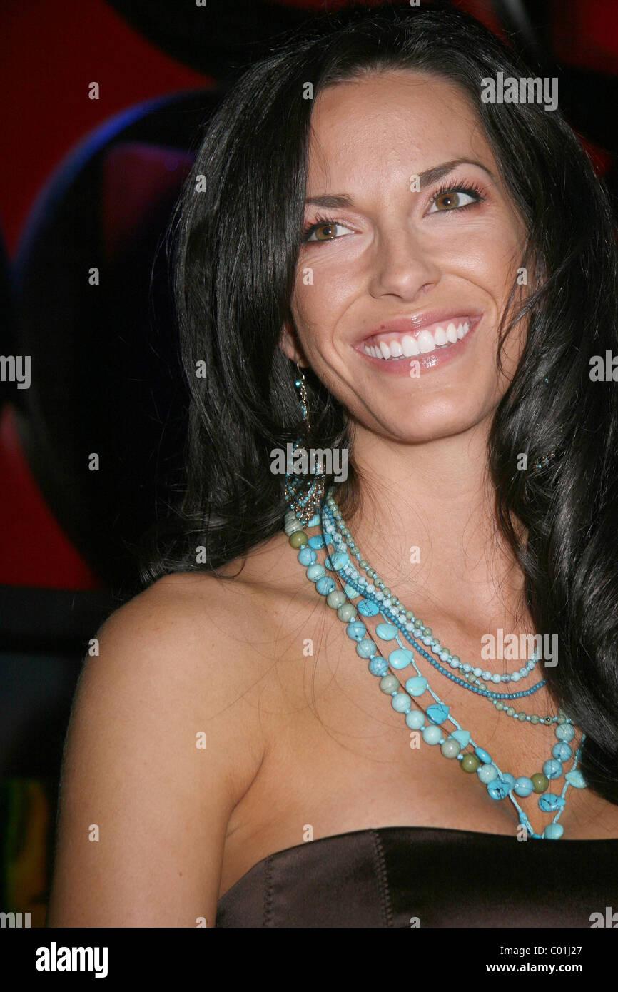 Amanda Salinas Nude Photos 44