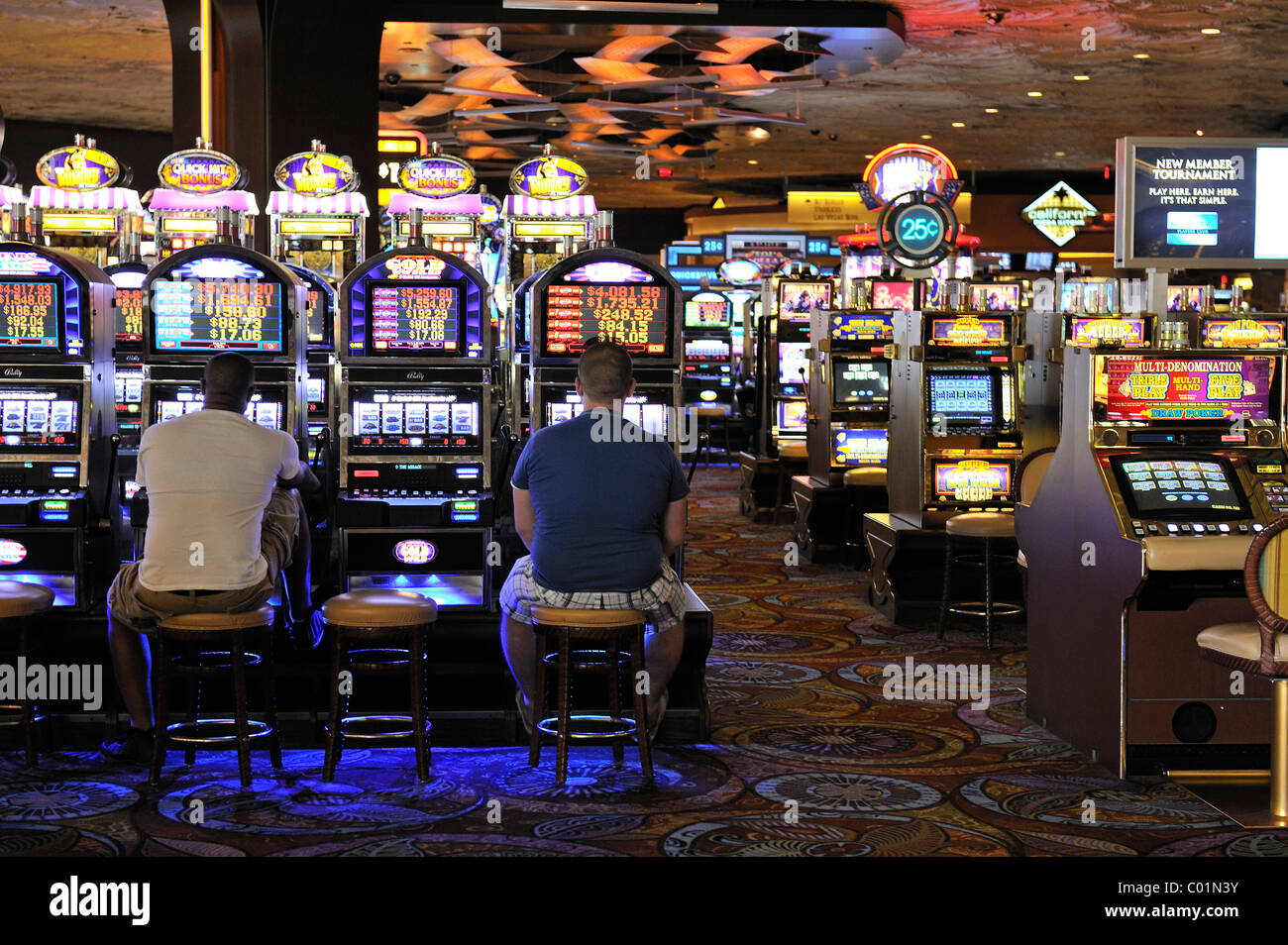 Slot machines in the 5-star Mirage Hotel, Las Vegas ...