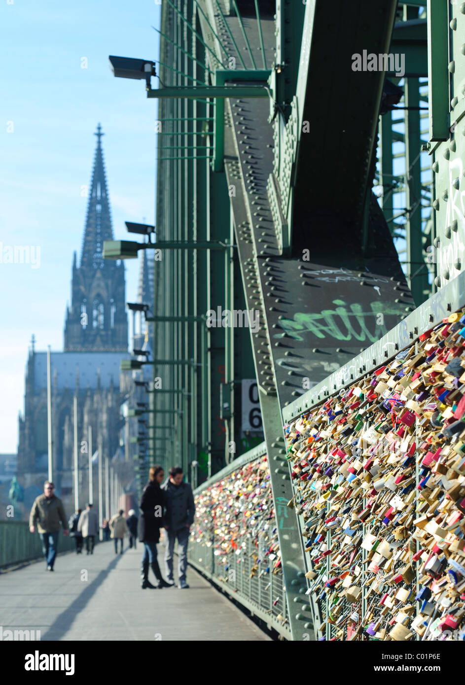Love Locks on the Hohenzollern Bridge in Cologne - Stock Image