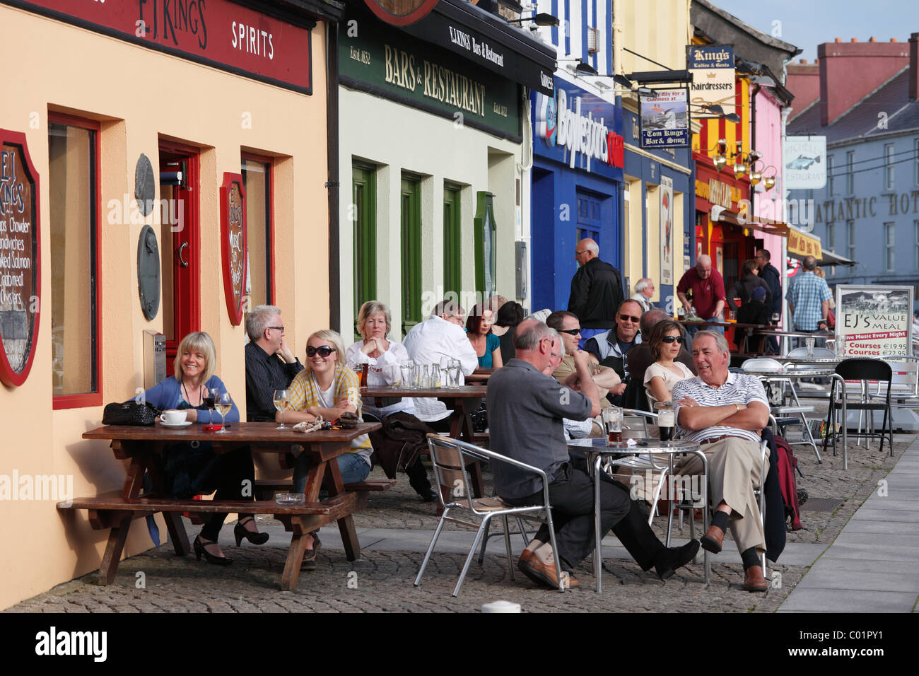 Pubs in Clifden, Connemara, County Galway, Republic of Ireland, Europe - Stock Image