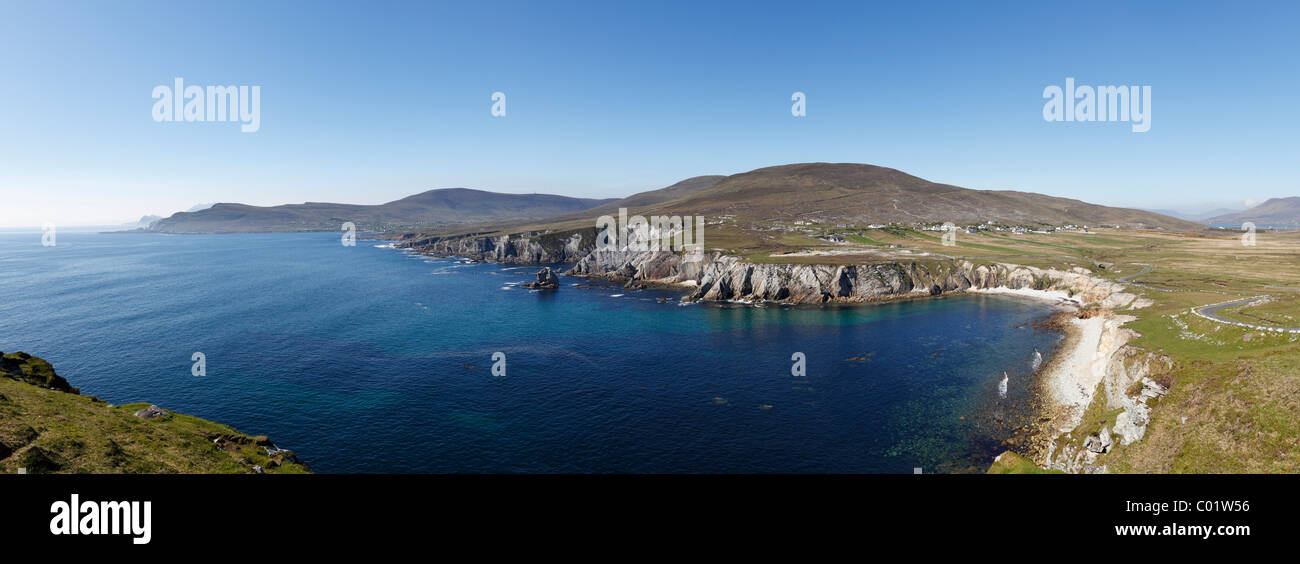 Southwest coast of Achill Island and Ashleam, County Mayo, Connacht province, Republic of Ireland, Europe - Stock Image