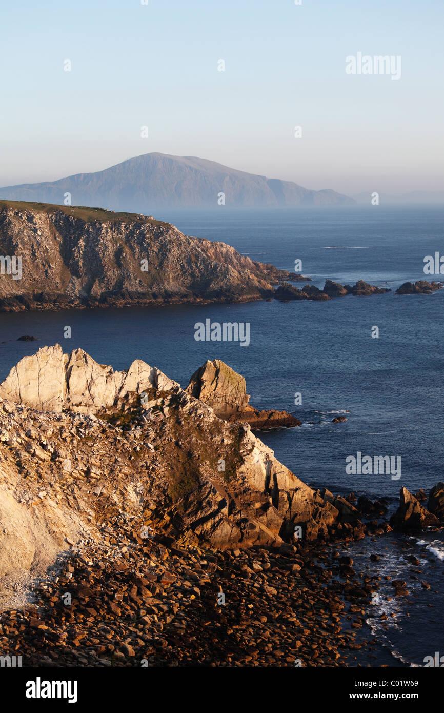 Cliffs near Ashleam, Achill Island, County Mayo, Connacht province, Republic of Ireland, Europe - Stock Image