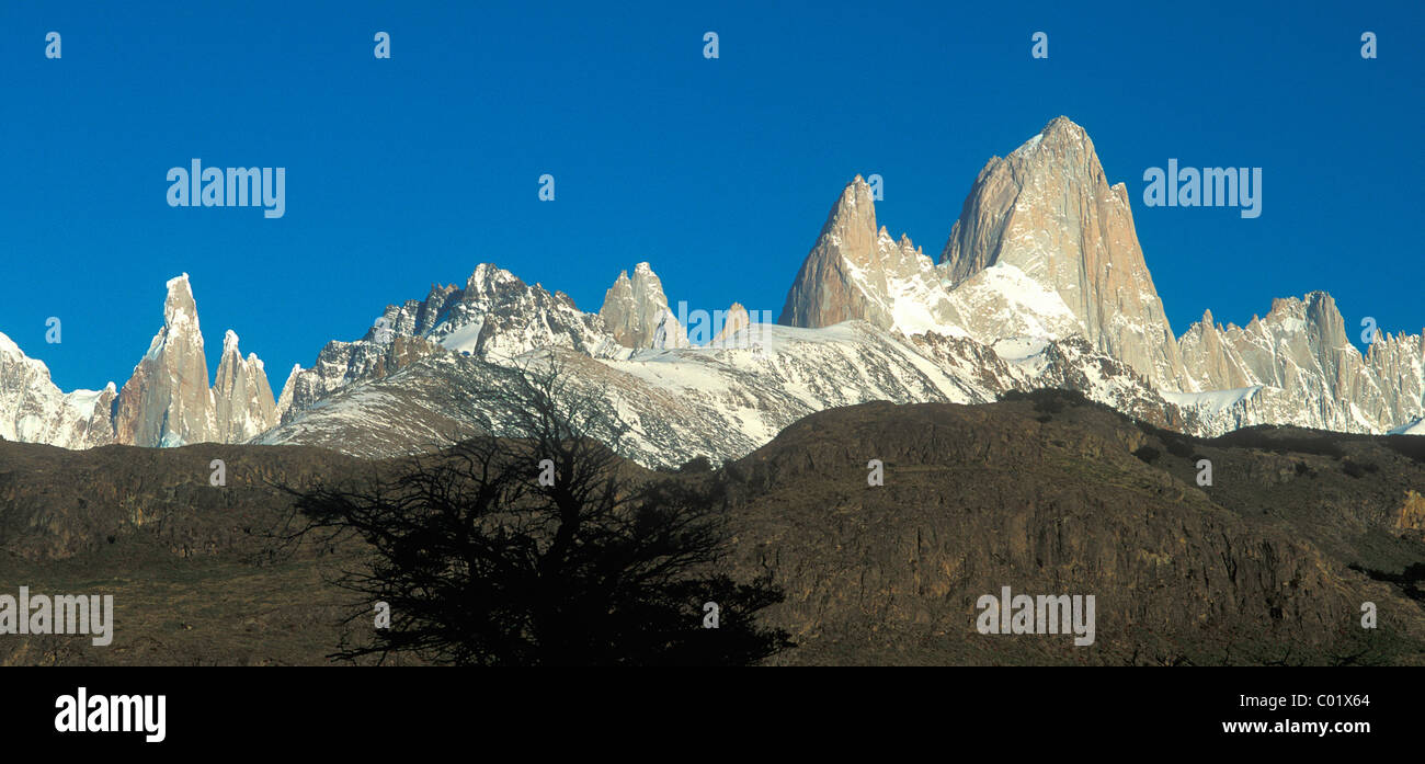 Summits Cerro Torre, 3128m, and Fitz Roy, 3406m, in the morning, Patagonia, Argentina, South America - Stock Image