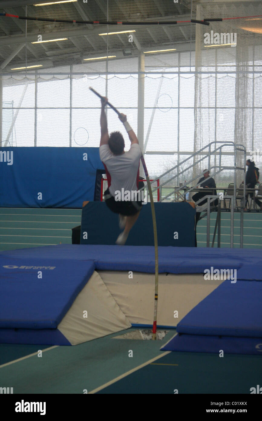 Pole Vaulter,  Lee Valley Athletics Track, London Indoor Games, start of Pole Vault - Stock Image