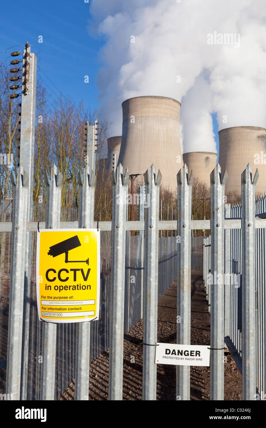 new security fence around Ratcliffe-on-Soar coal-fired power station Ratcliffe on soar Nottinghamshire England UK - Stock Image