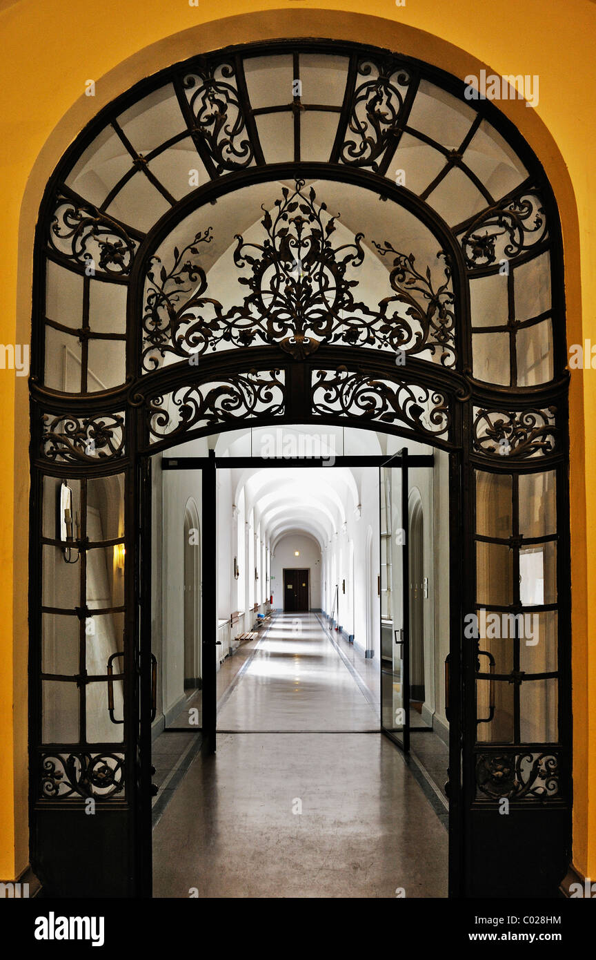Doorway in the Palace of Justice, Prielmayerstrasse 7, Munich, Bavaria, Germany, Europe - Stock Image