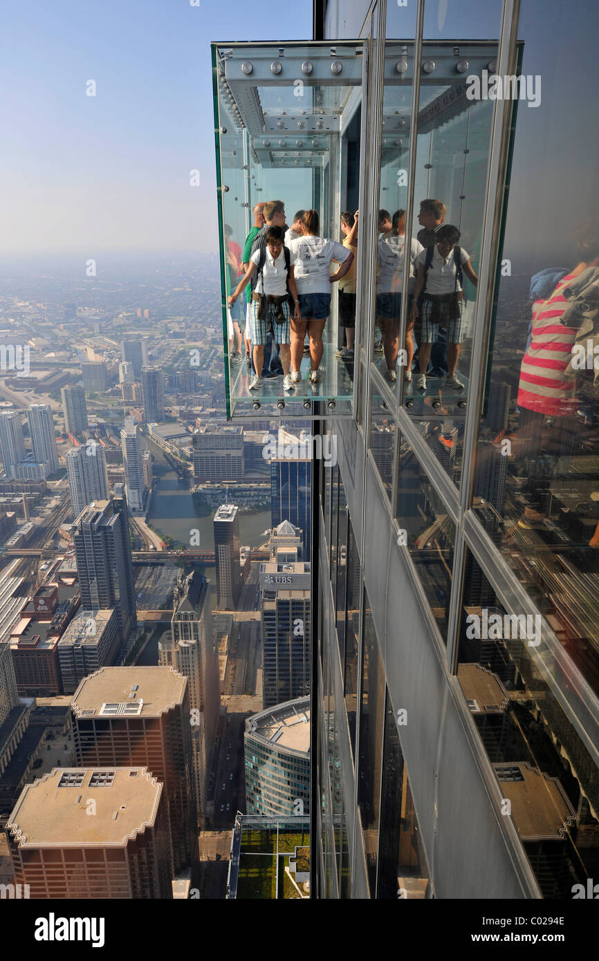 Visitors standing on the new 412-meter high Skydeck viewing platform, Willis Tower, formerly named Sears Tower and - Stock Image