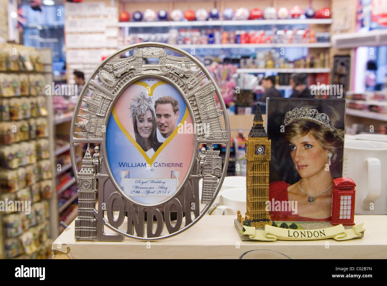 Prince William and Kate Middleton Royal Wedding memorabilia. London shop Princess Diana. - Stock Image