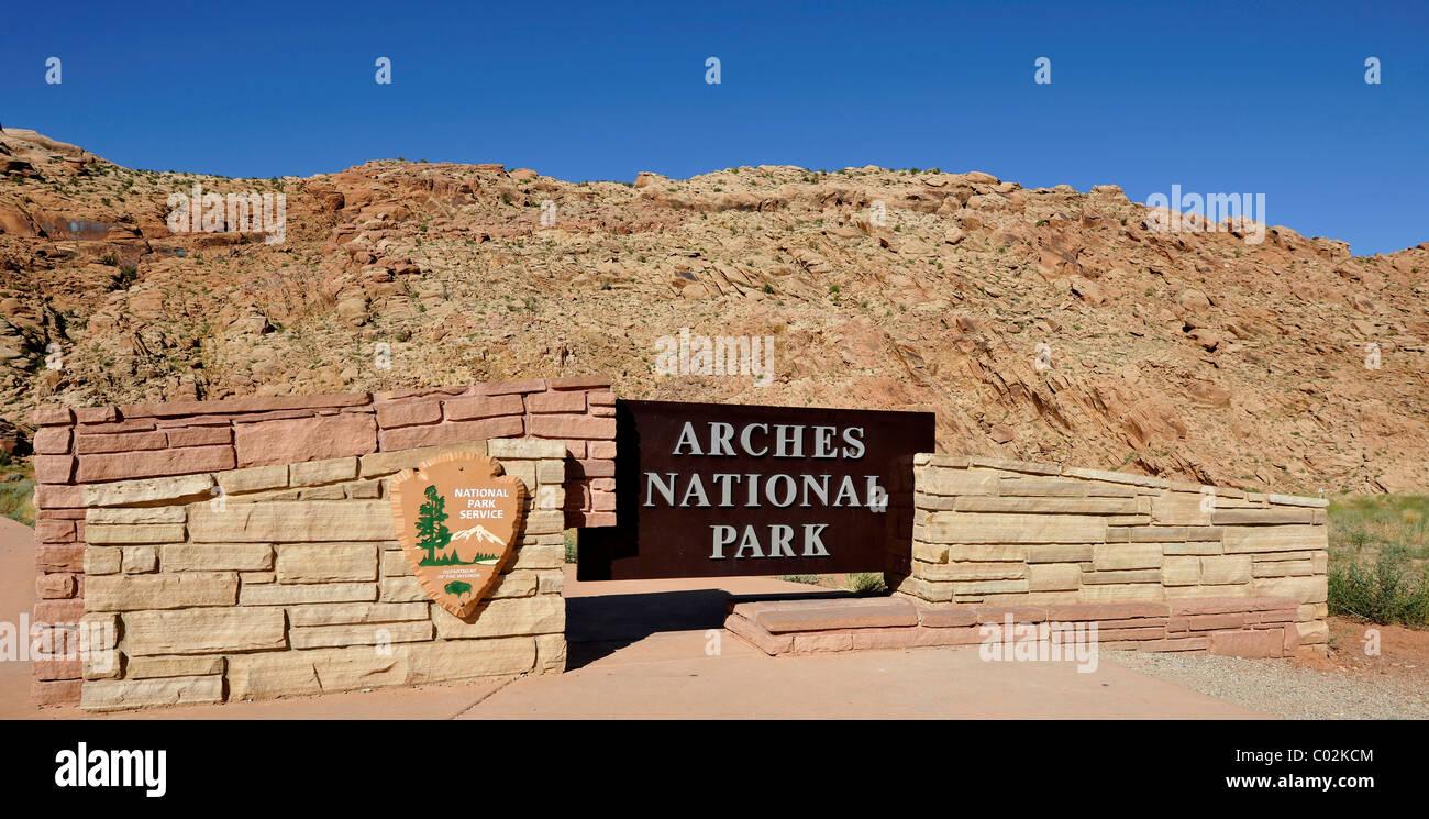 Arches National Park welcome sign, Moab, Utah, Southwestern United States, United States of America, USA - Stock Image