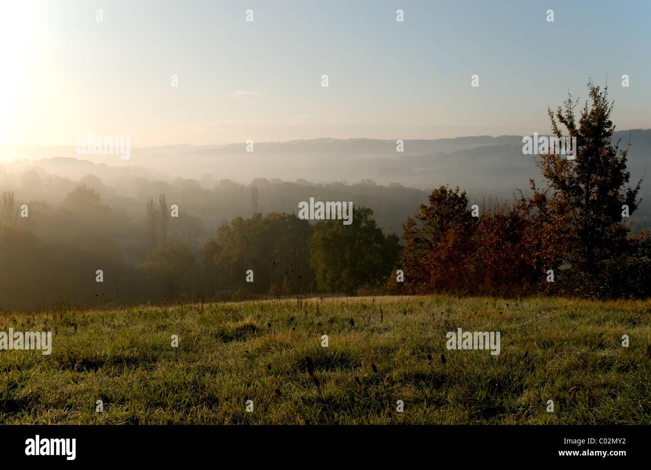 Early morning mist on the 'Vallée du Lot' France - Stock Image