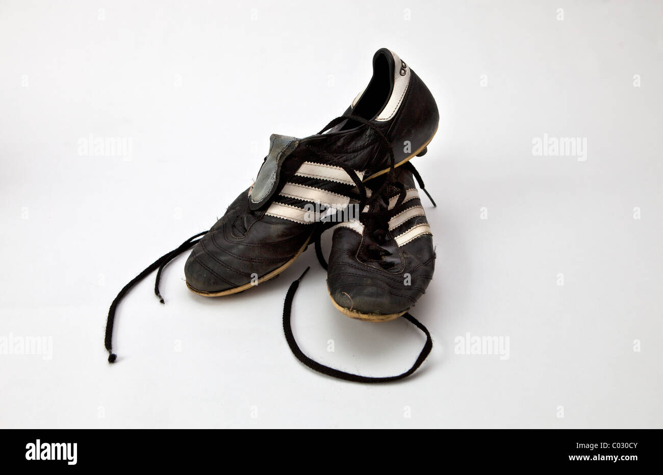 316a7a819 Pair of old football boots Stock Photo: 34486955 - Alamy