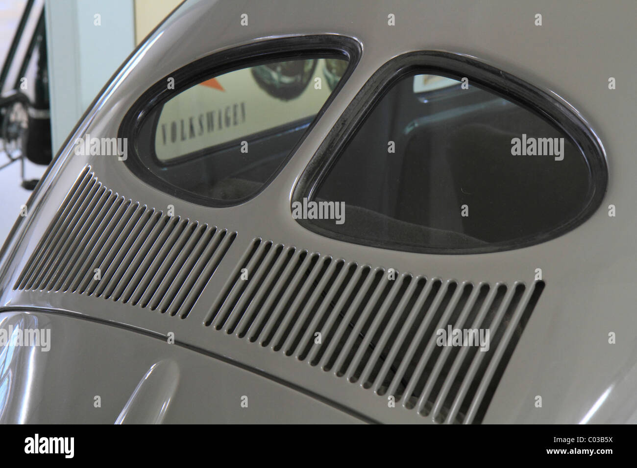 Split rear window of a VW 1200 Standard, built in 1948, unchanged pre-war design, Volkswagen Beetle, ErfinderZeiten: - Stock Image