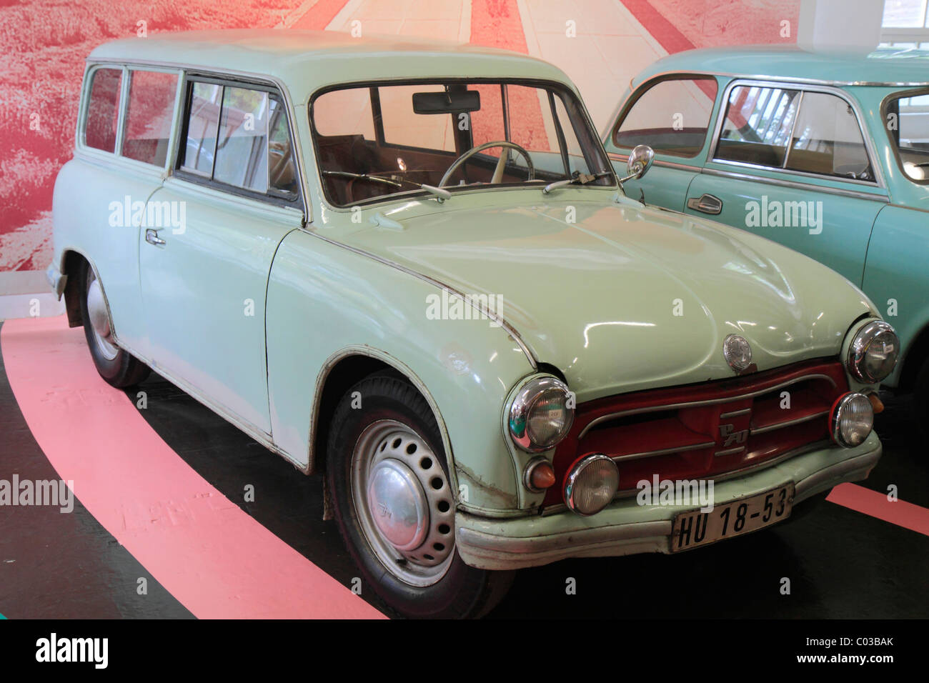 EEZ P 70 station wagon, GDR thermoset car, built in 1957, AWZ Zwickau, ErfinderZeiten car and clock museum in Schramberg - Stock Image