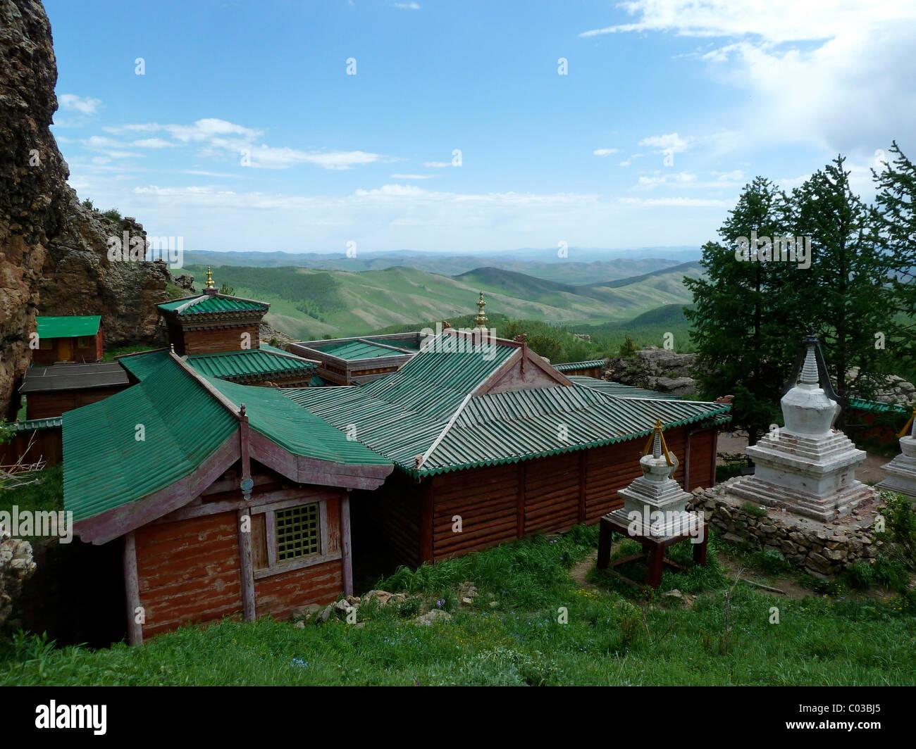 Buddhist monastery in the mountains of Khangai Nuruu National Park, Toevkhoen Khiid, Orkhon Khuerkhree, Kharkhorin - Stock Image