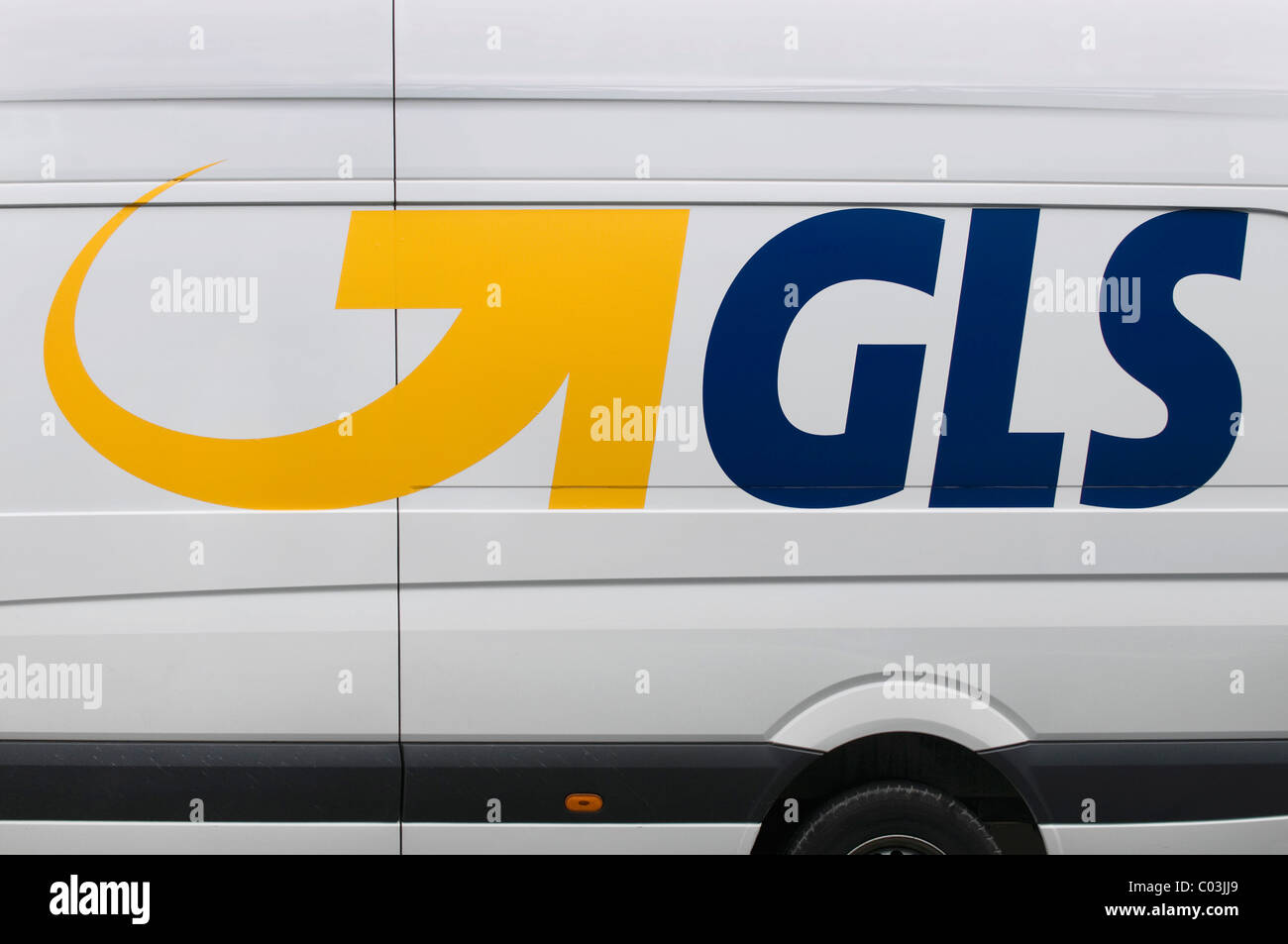 GLS Logo on a delivery truck, General Logistics Systems, parcel and express services, service provider - Stock Image