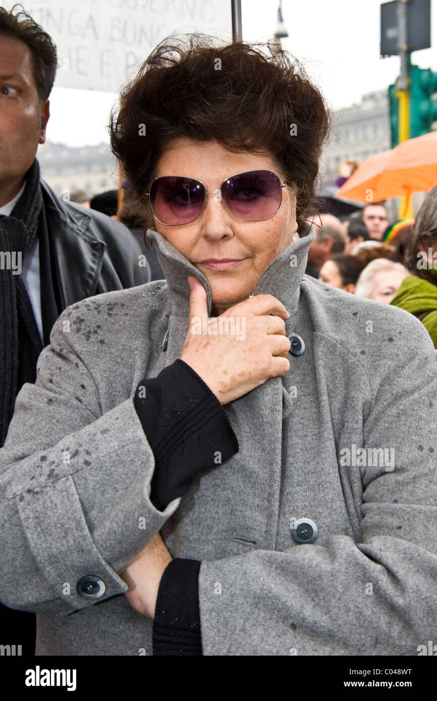 13.02.2011, Milan. Political demonstration 'Se non ora quando?'. Claudia Mori - Stock Image