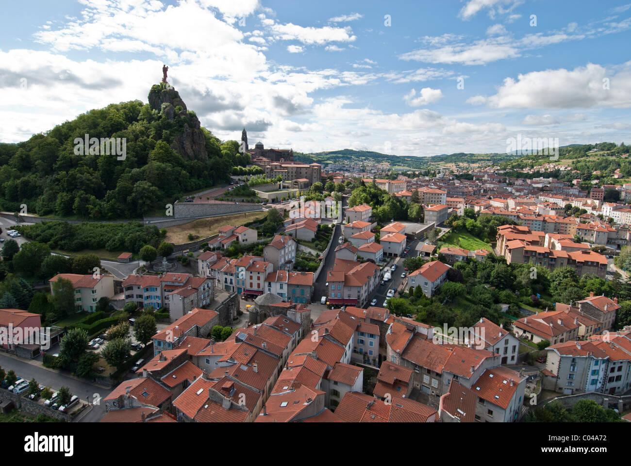 Roof tops  Le Puy-en-Velay. Auvergne, Haute- Loire, Medieval city  France Rocher Corneille hill top. - Stock Image